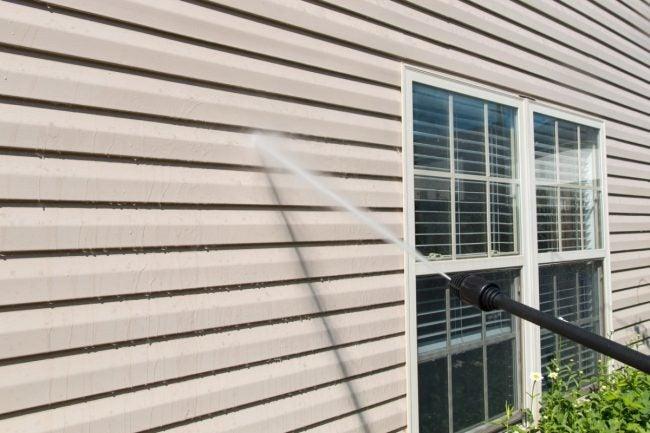 最好的乙烯壁板清洁选择为您的家