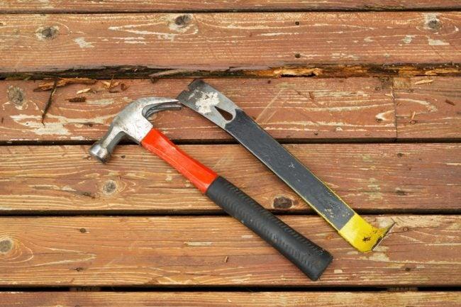 The Tools for DIY Deck Repair