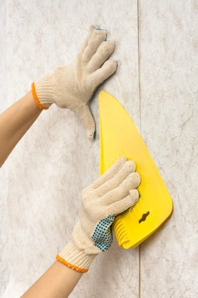 Repair Peeling Wallpaper with These Tips