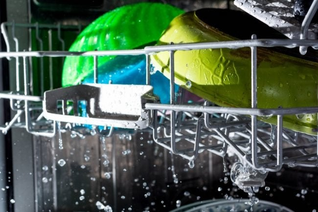 What to Do When Your Dishwasher Is Not Drying