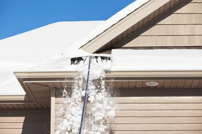 The Best Roof Rake for Winter Home Maintenance