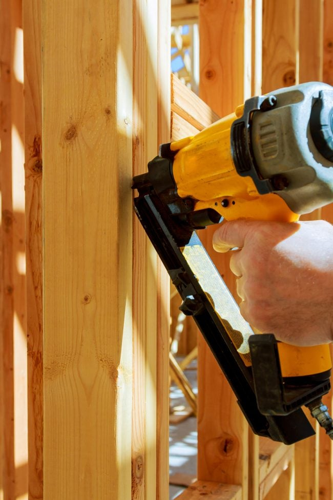 How to Use a Nail Gun Safely and Correctly