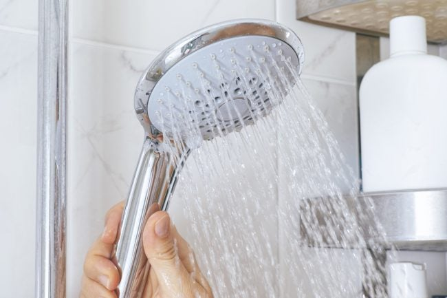 6 Reasons to Upgrade to a Smart Shower