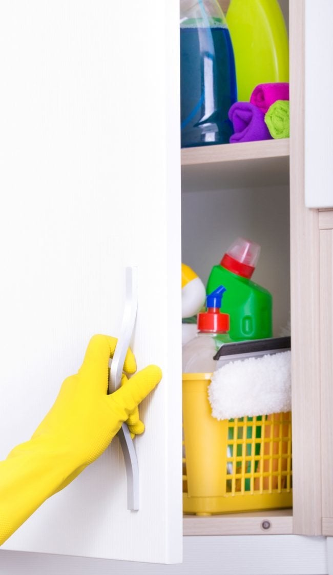 Does Bleach Expire If You Don't Use It? Solved!