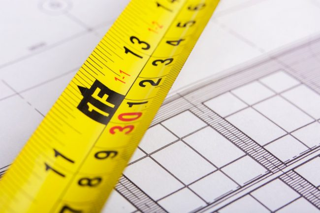How To Use a Tape Measure: The Curve of the Blade Increases Rigidity