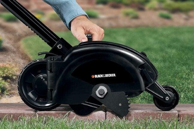 The Best Lawn Edger Option