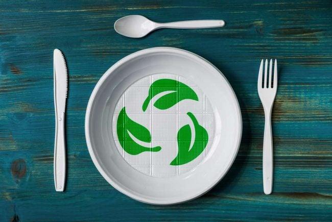 Biodegradable vs. Compostable: Bioplastic