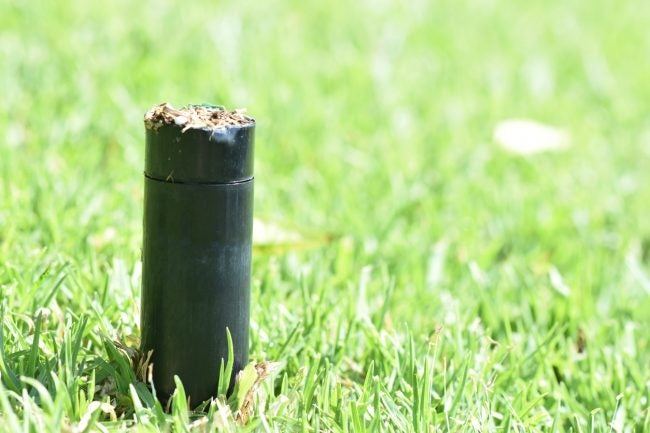 How to Replace a Sprinkler Head When It Breaks