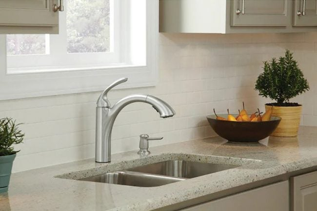 Types of Kitchen Faucets: Pull-Out FaucetTypes of Kitchen Faucets: Pull-Out Faucet