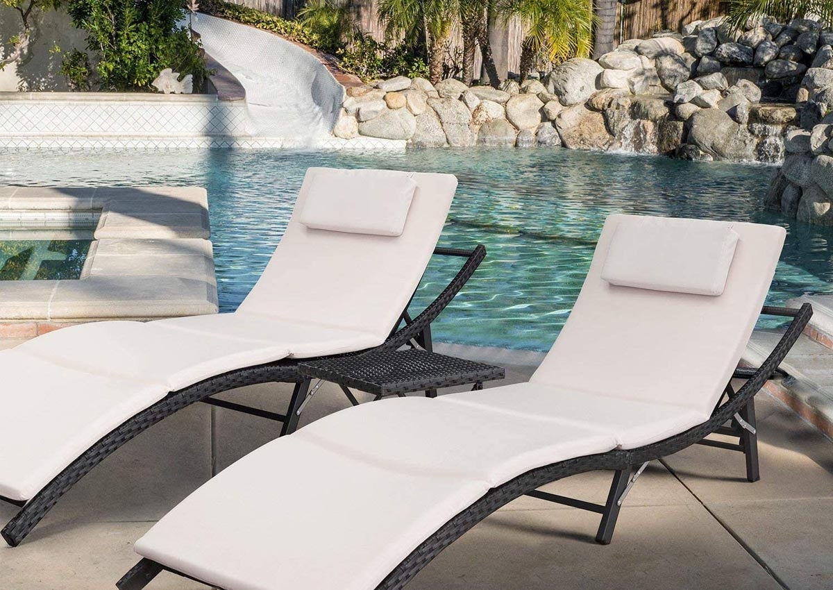 The Best Lounge Chair Options For The Patio Or Pool Bob Vila