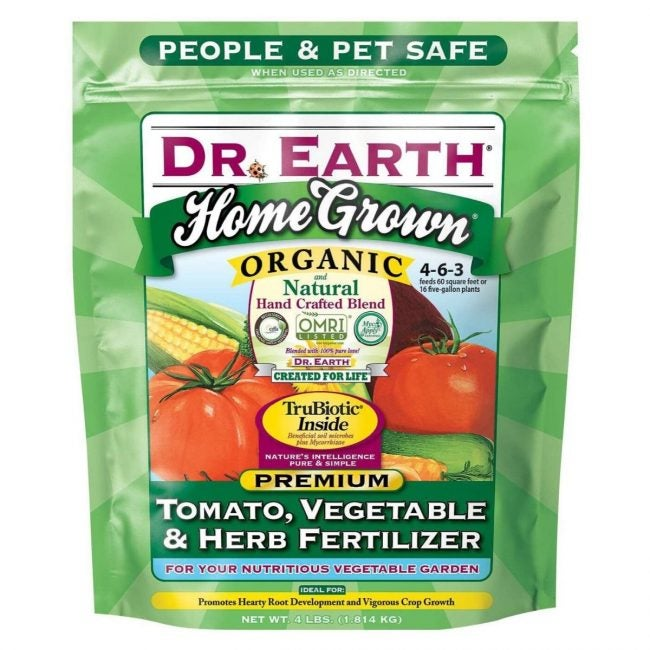 The Best Fertilizer for Tomatoes Option: Dr. Earth Home Grown Tomato Tomato Fertilizer