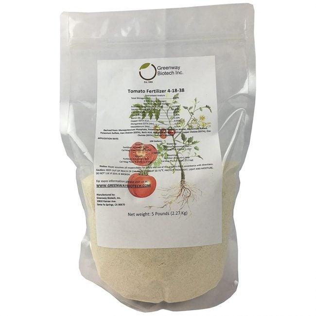 The Best Fertilizer for Tomatoes Option: Greenway Biotech Tomato Fertilizer 4-18-38