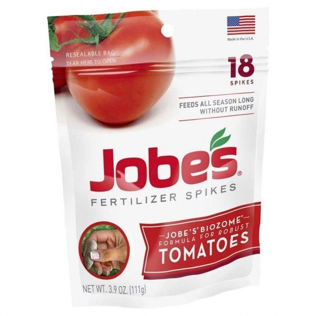 The Best Fertilizer for Tomatoes Option: Jobe's Tomato Fertilizer Spikes