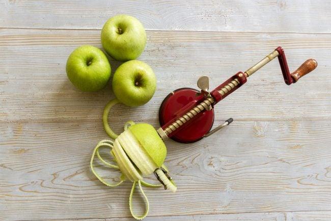 The Best Apple Peeler Options