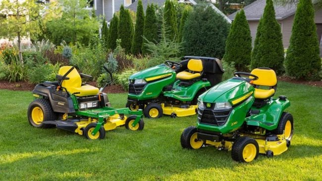 Zero Turn vs. Lawn Tractor: The Right Mower for Large Yards