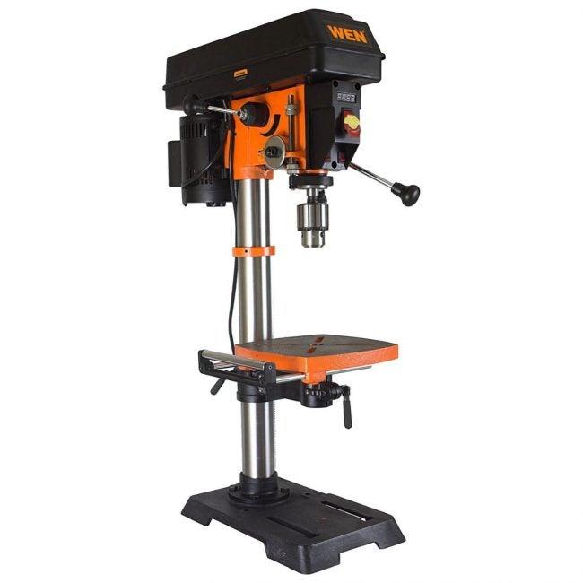 最好的台式钻头采用选项:Wen 4214 12英寸变速钻机压力机