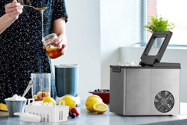 The Best Portable Ice Maker Options