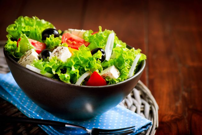 The Best Wooden Salad Bowl Options