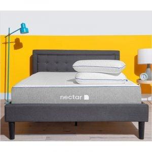 盒子中最好的床垫选项:花蜜内存泡沫床垫