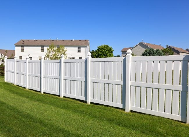 The Dos and Don'ts for a Successful Vinyl Fence Installation