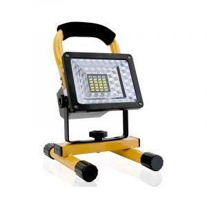 最佳工作灯选择:Hallomall 15W 24LED聚光灯工作灯