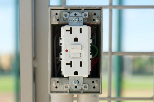Types of Electrical Outlets: GFCI Outlet