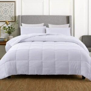 The Best Comforter Option: WhatsBedding Down Alternative Quilted Comforter