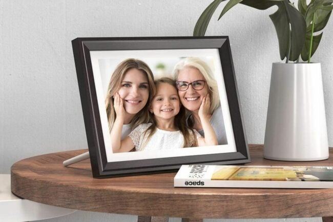 The Best Digital Picture Frame Option