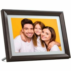 The Best Digital Picture Frame Option: Dragon Touch Digital Picture Frame 10 inch