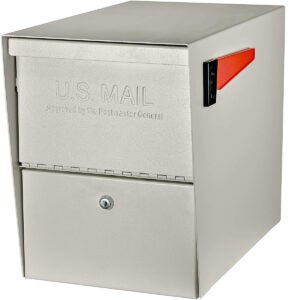 Best Locking Mailbox Options: Mail Boss 7207 Package Master Curbside Locking Security Mailbox