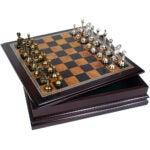 最佳棋盘游戏选择:经典游戏收集金属象棋