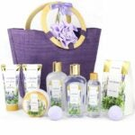The Best Gift Baskets Option: Spa Luxetique Gift Basket