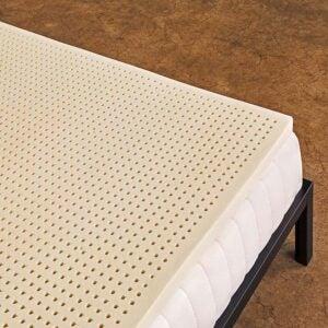 适用于枕木的最佳床垫脚垫选项:纯绿色100%天然乳胶床垫