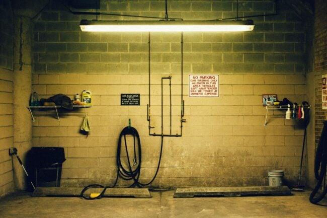 The Garage Lighting Option