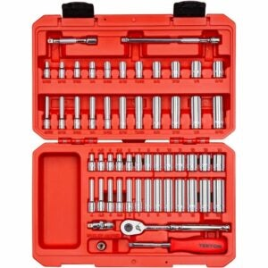 The Best Hand Tools Option: TEKTON 6-Point Socket & Ratchet Set, 55-Piece