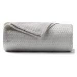 The Best Cooling Blanket Option: DANGTOP Cooling Blanket
