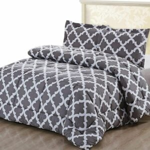 The Best Comforter Sets Option: Utopia Bedding Printed Comforter Set