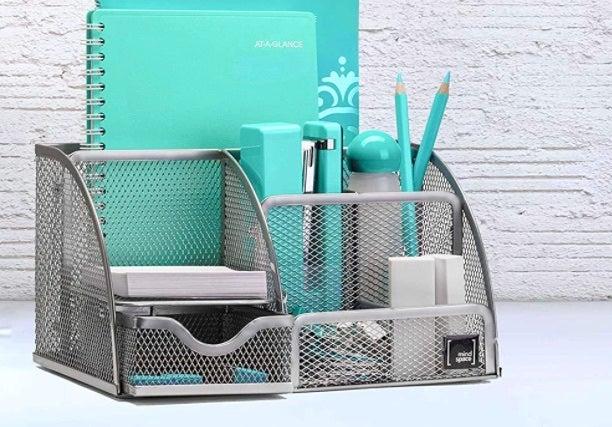 Best Desk Accessories Options