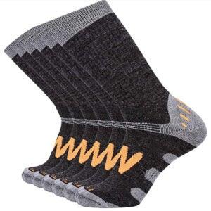 最佳羊毛袜子选项:Enerwear 6P Pack男士Merino羊毛混纺室外行走袜子