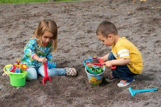 The Best Garden Sets for Kids Option