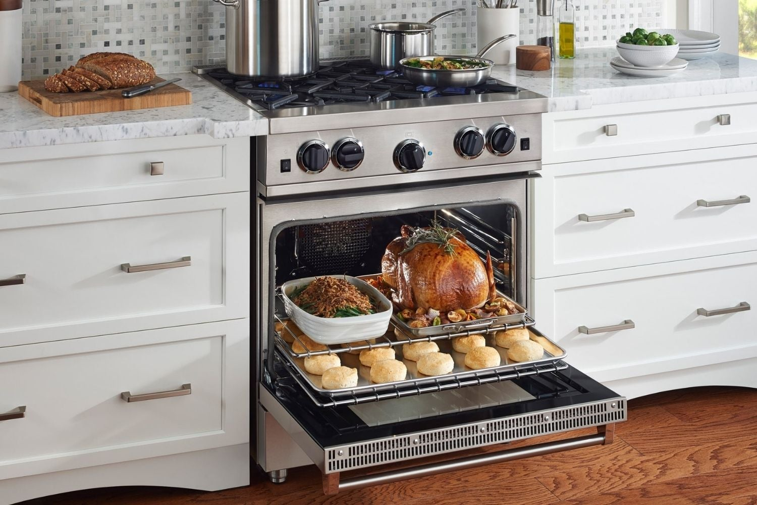 The Best Gas Range Options For Your Kitchen In 2021 Bob Vila