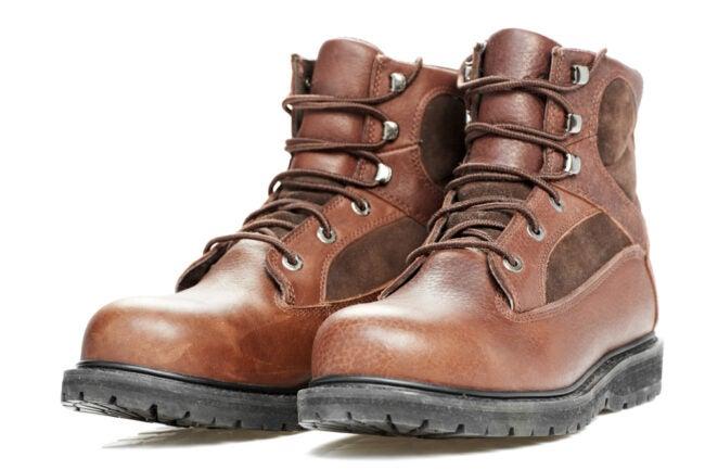 最好的钢铁鞋