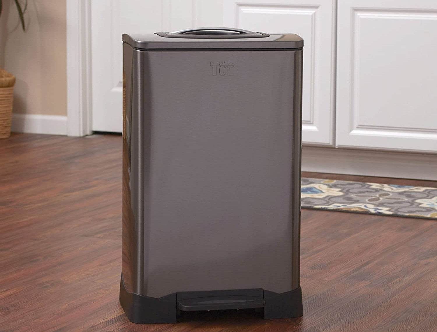 The Best Trash Compactor Options For Household Use Bob Vila