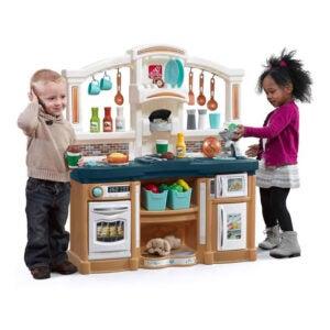 The Best Play Kitchen Option: Step2 Fun with Friends Kitchen