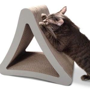 最佳猫抓柱选择:PetFusion三面垂直猫抓柱