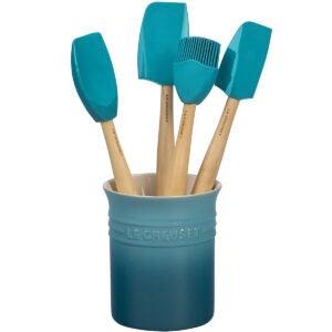 Meilleures options d'ustensiles de cuisine: Ensemble d'ustensiles de la série Artisanat en silicone Le Creuset avec pot en grès