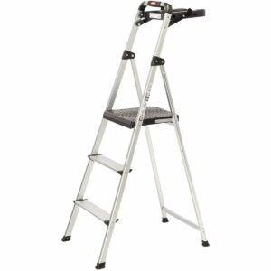 The Best Step Ladder Option: Rubbermaid RM-SLA3-T Ultra Light Aluminum Step Stool
