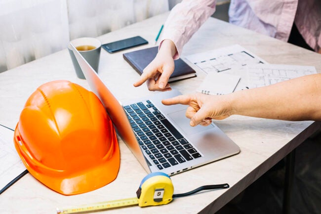 Best Contractors Near Me: Questions to Ask Your Local Contractor