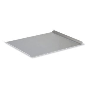 The Best Baking Sheet Option: Calphalon Nonstick Bakeware, Cookie Sheet