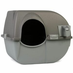 The Best Automatic Litter Box Options: Omega Paw NRA15-1 Improved Roll 'n Clean Litter Box